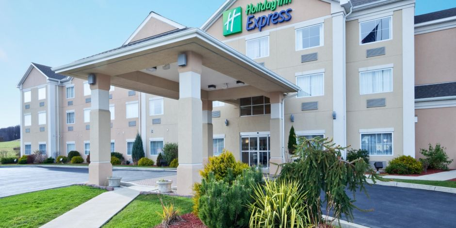 Holiday Inn Express Suites Gibson Hotel By IHG