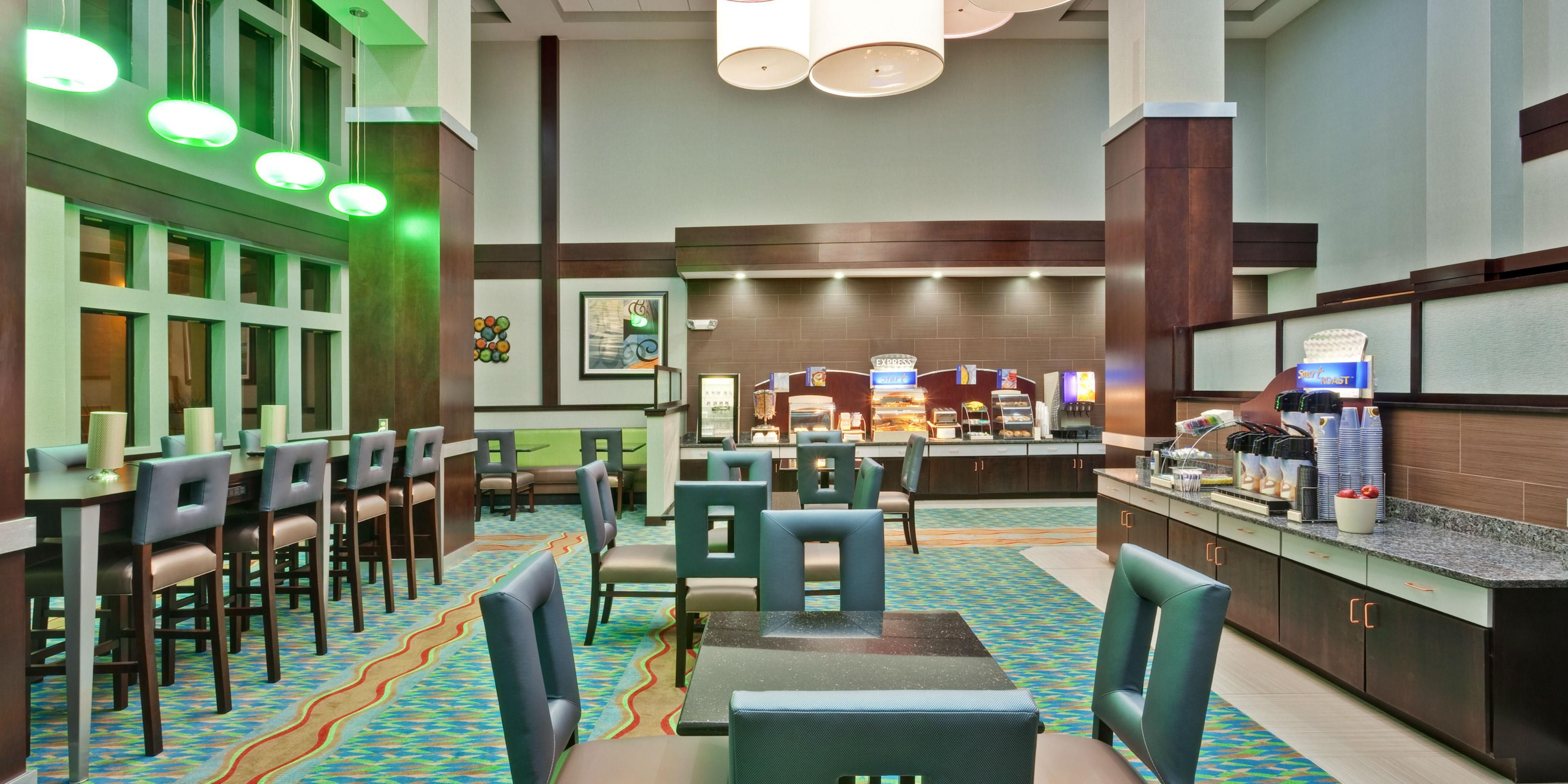 Holiday Inn Express And Suites New Philadelphia 3851379078