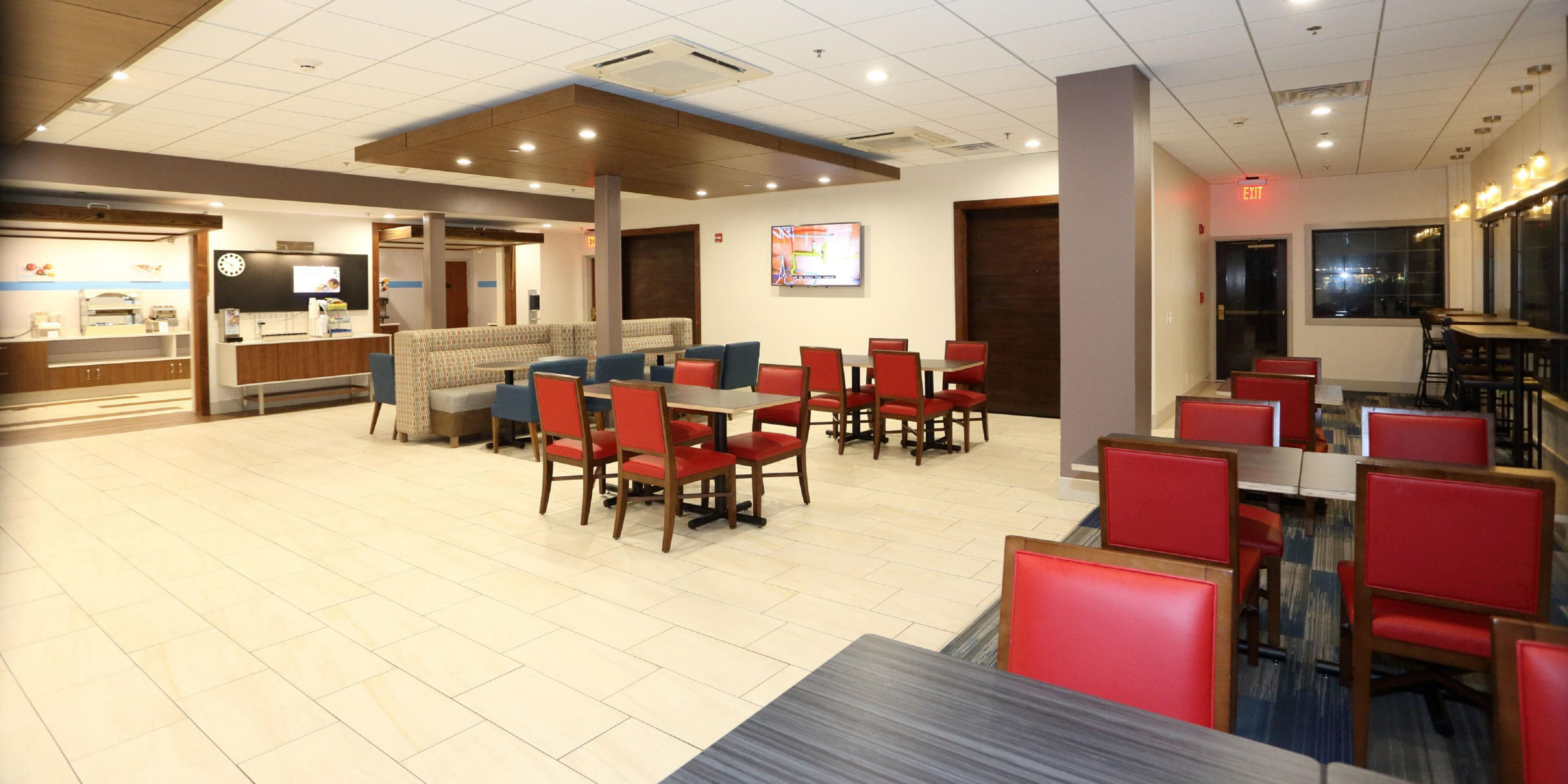 Holiday Inn Express And Suites Newport News 5013575050