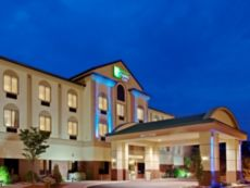 Holiday Inn Express & Suites Newton Sparta in Budd Lake, New Jersey