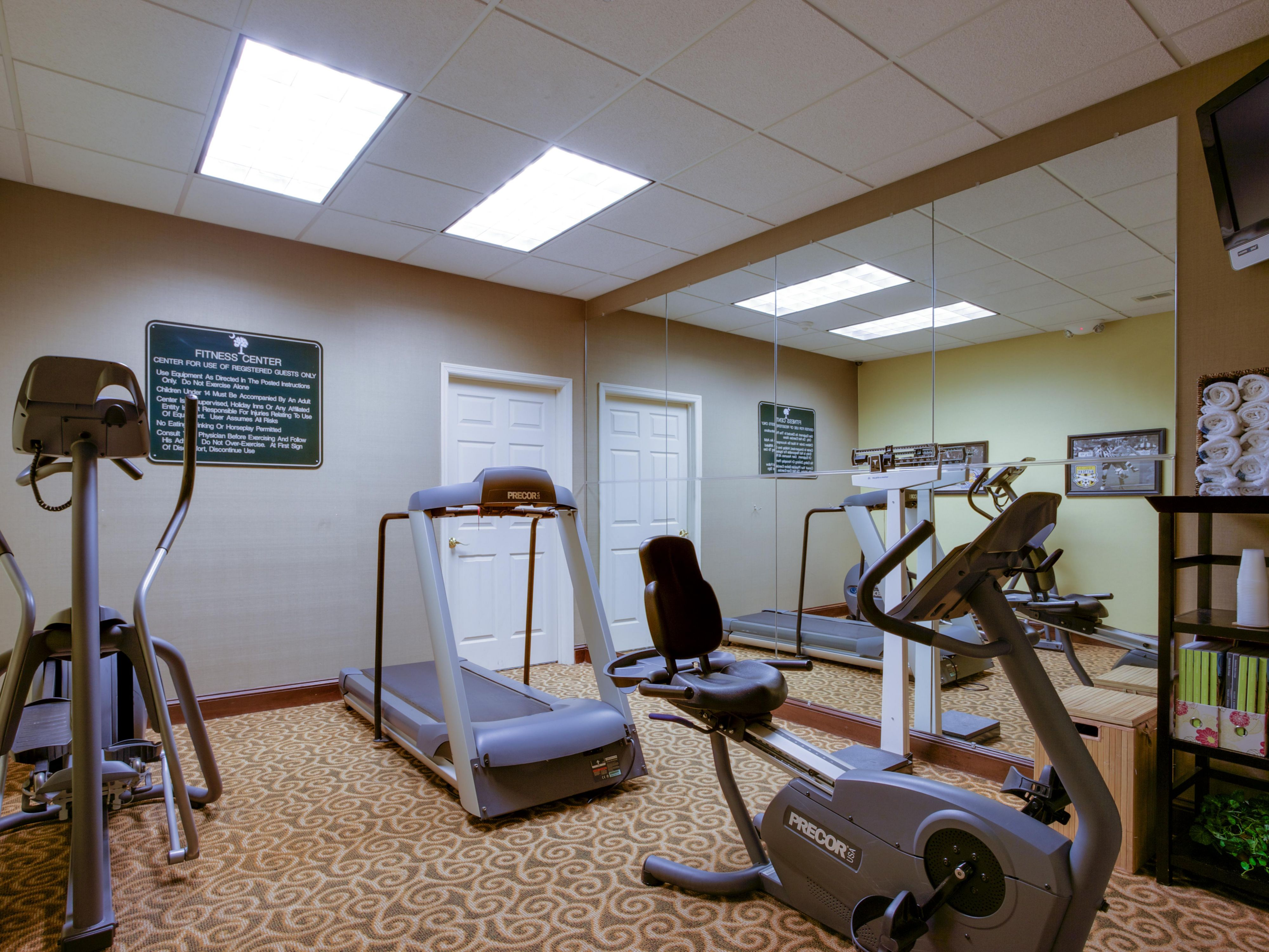 Fitness center on-site and free use of fitness centers off-site