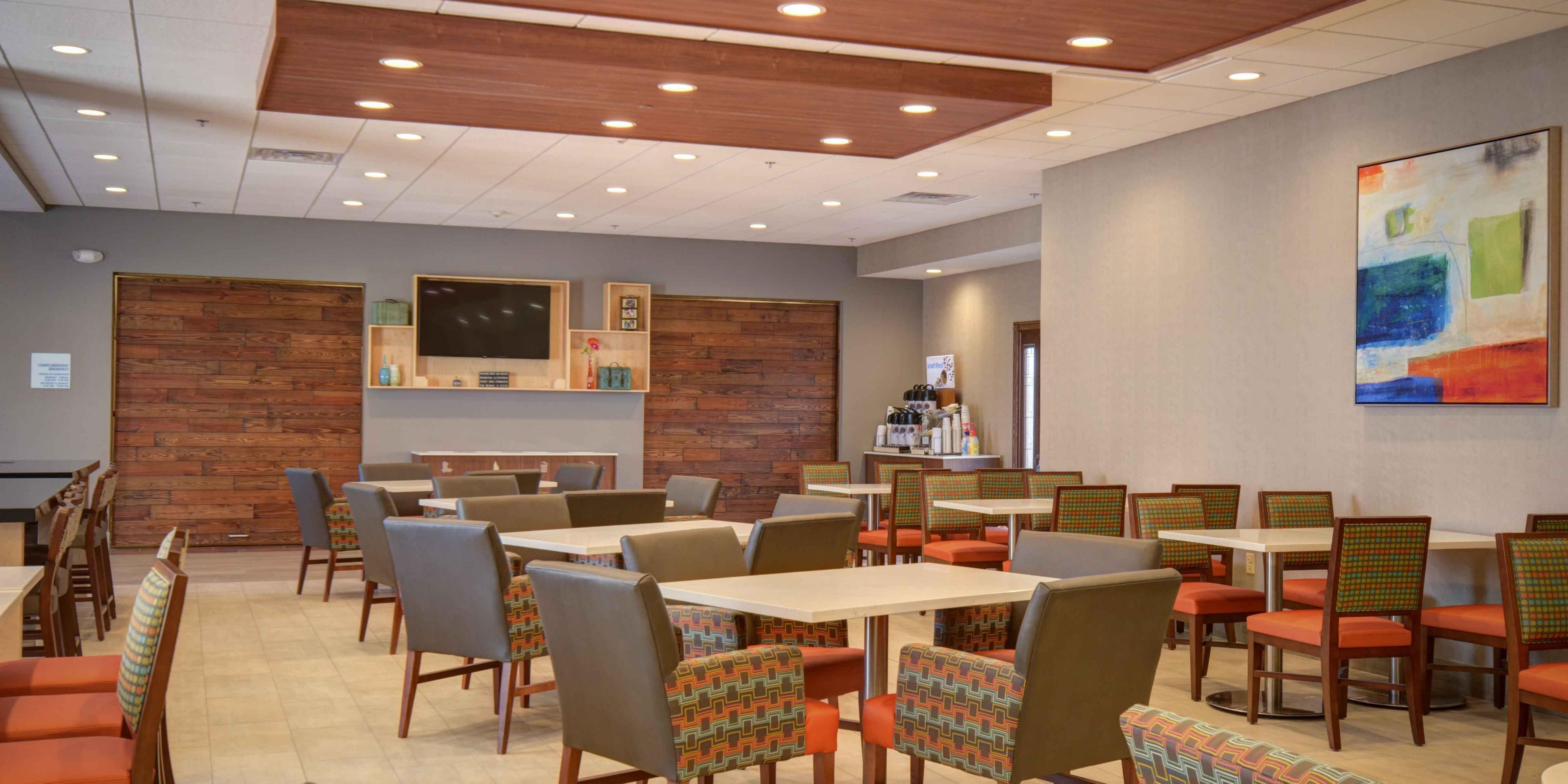 Holiday Inn Express & Suites North Platte Hotel in North
