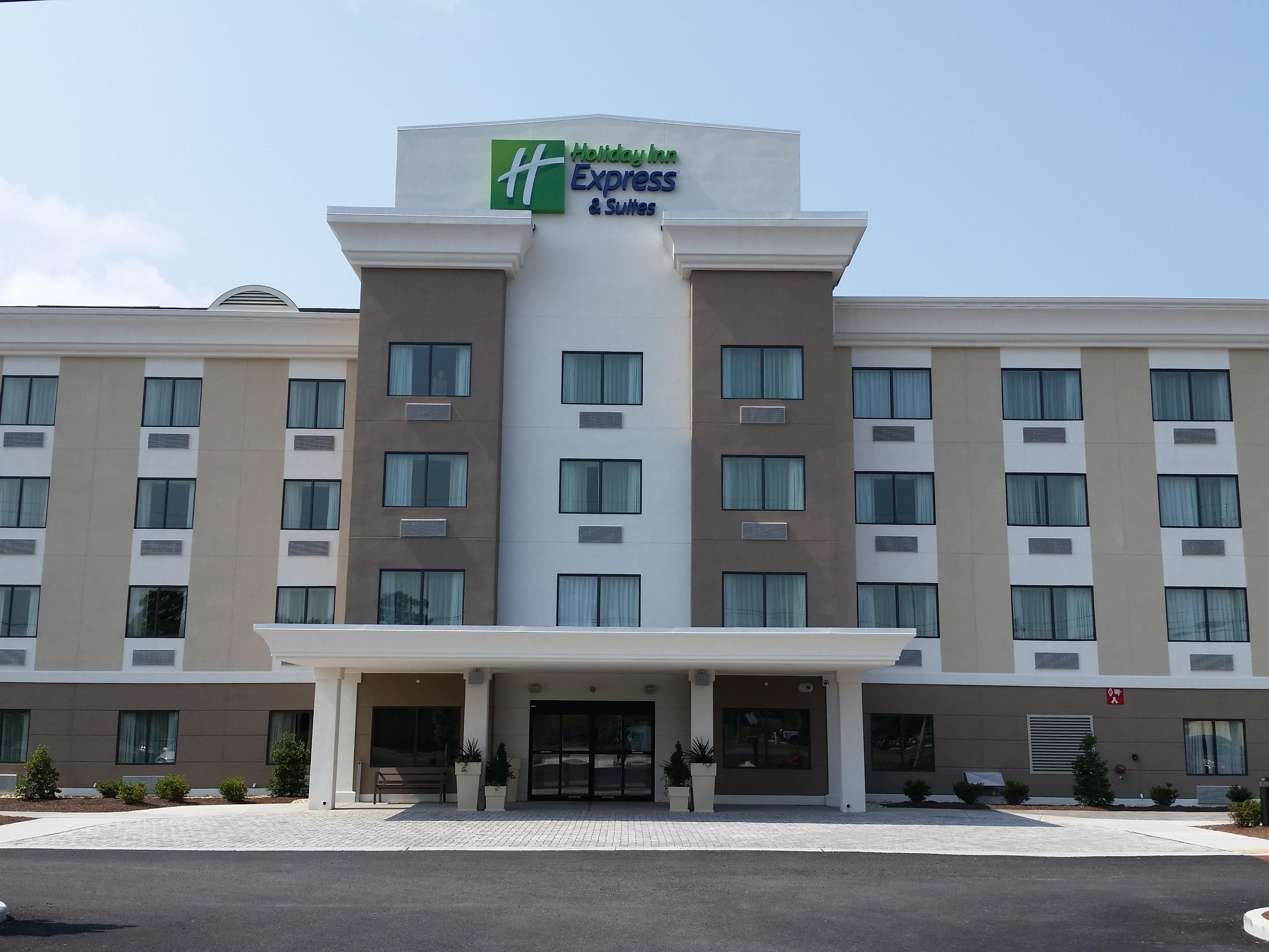 Holiday Inn Express & Suites of West Ocean City MD Welcomes YOU!