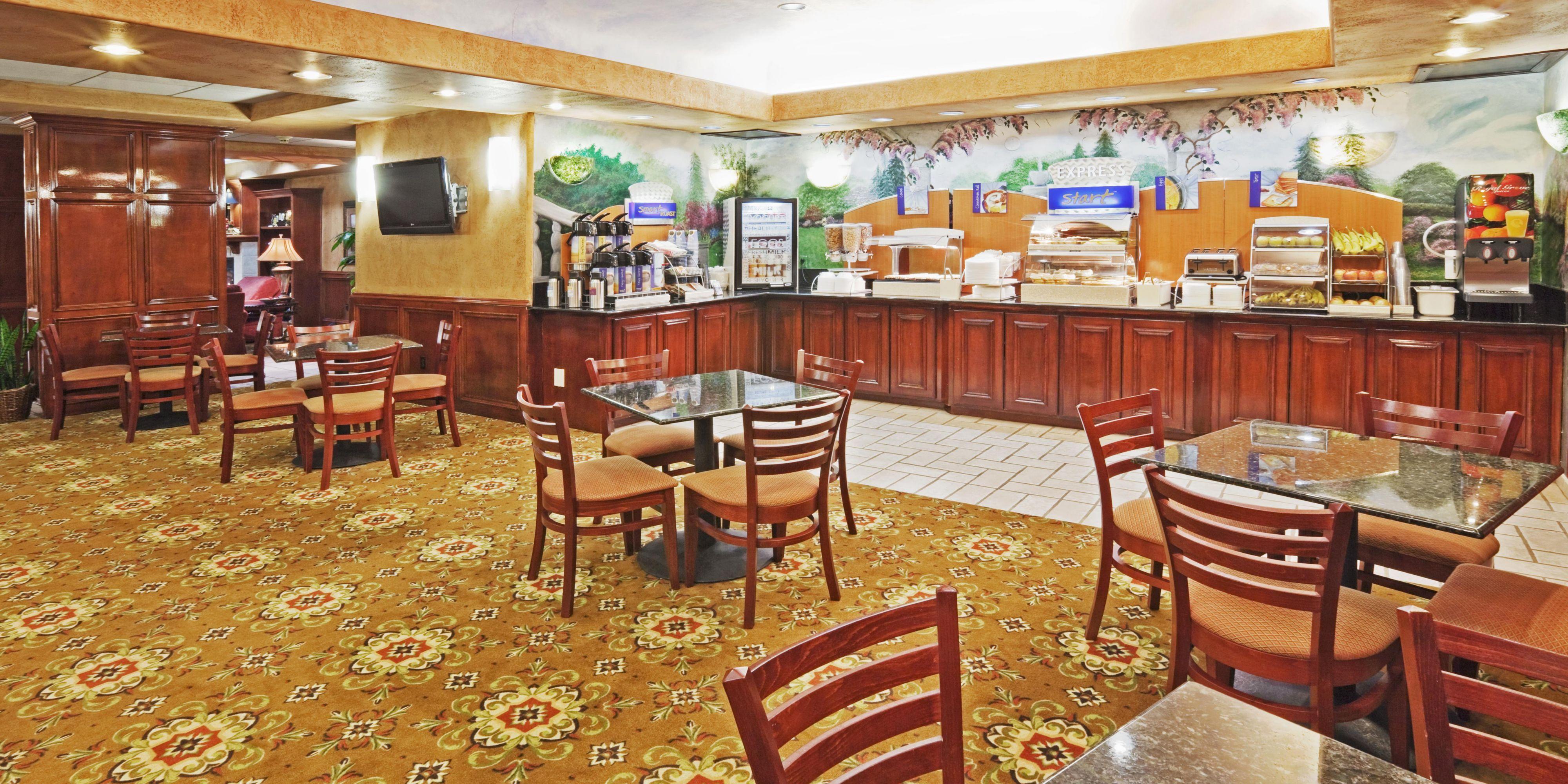 holiday inn express suites oklahoma city arpt meridian av hotel