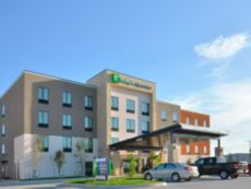 Holiday Inn Express & Suites Oklahoma City Mid - Arpt Area in Del City, Oklahoma