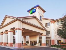 Holiday Inn Express & Suites Oklahoma City-Arpt-Meridian Av in Oklahoma City, Oklahoma