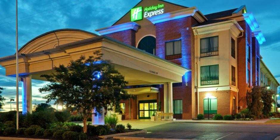 Holiday Inn Express Suites Olive Branch