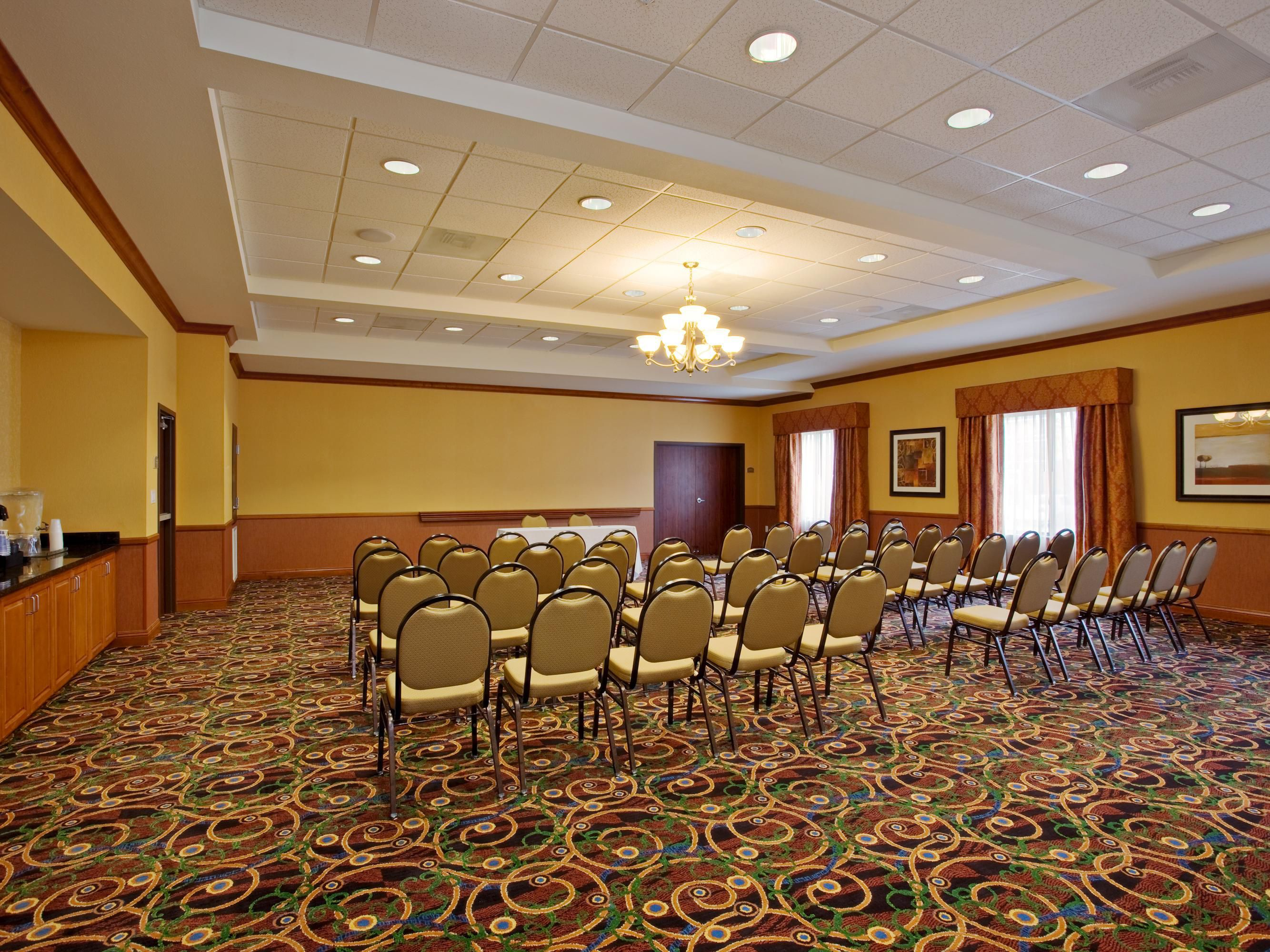 Conference Room (Runway II)