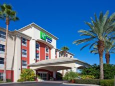 Holiday Inn Express & Suites Orlando International Airport in Apopka, Florida
