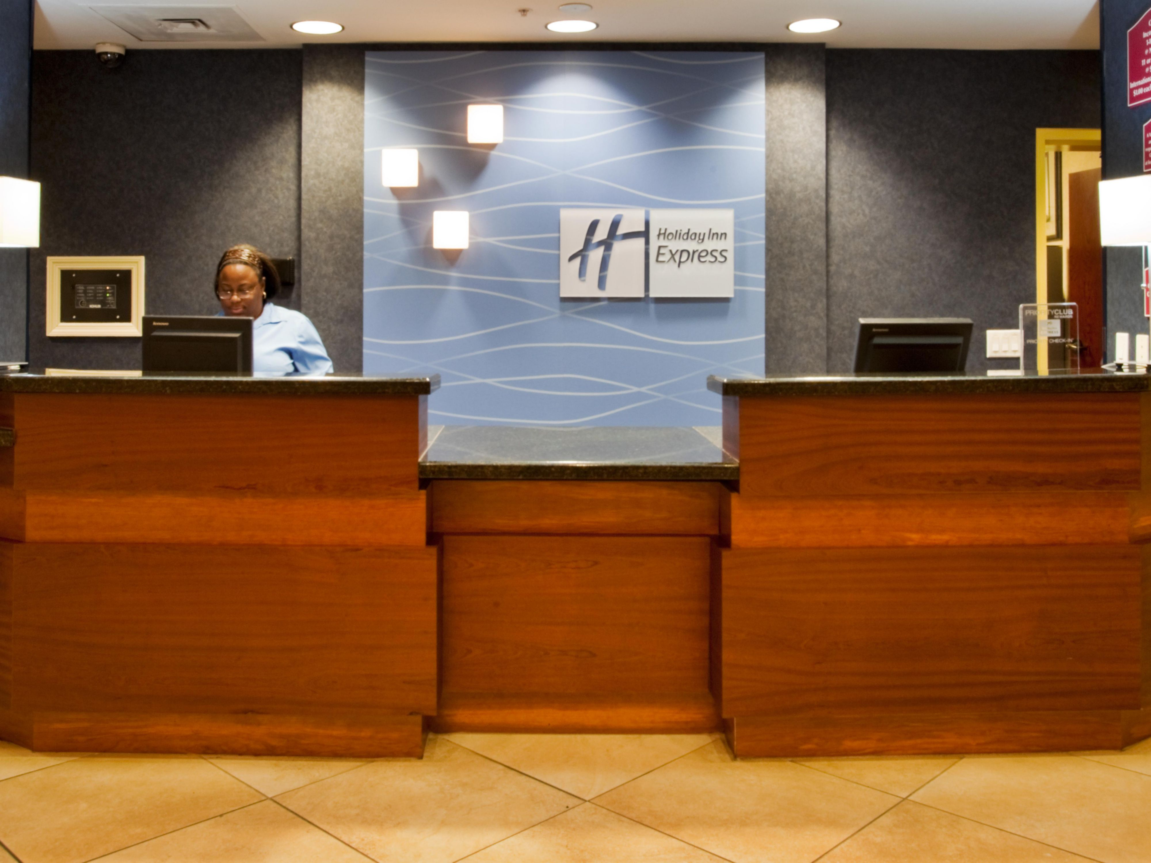 The front desk at our Universal Orlando hotel is open 24/7