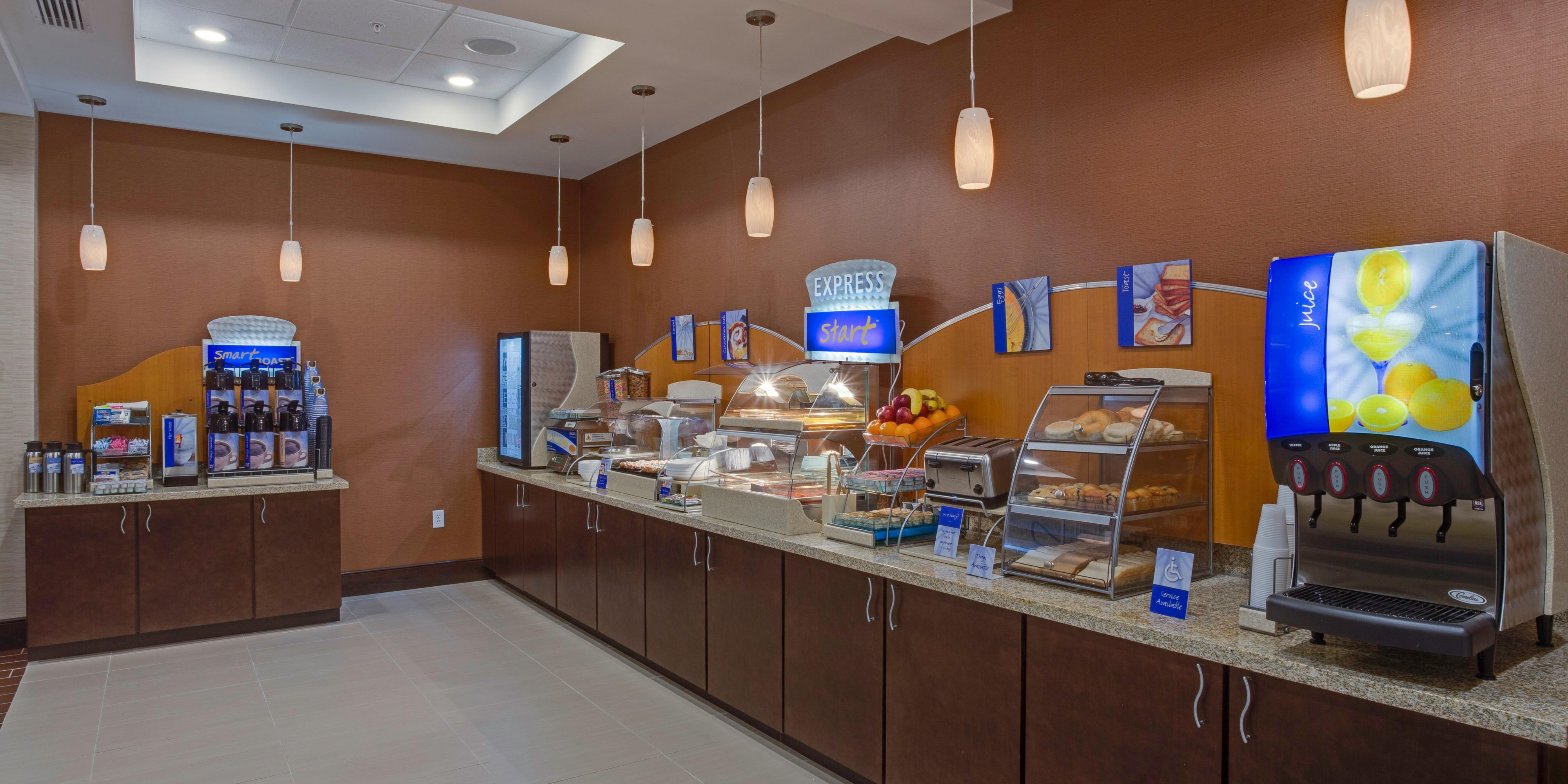 Holiday Inn Express & Suites Orlando East-UCF Area Hotel in Orlando ...