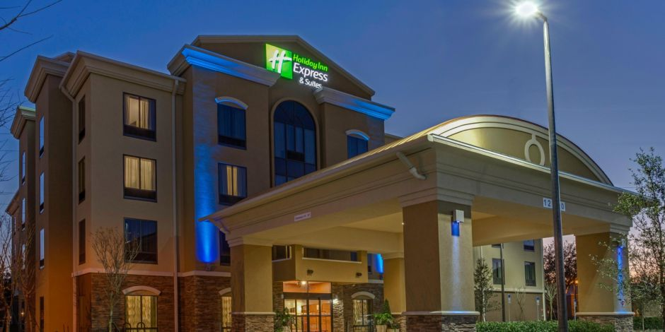 Hotels Near Waterford Lakes Orlando Fl