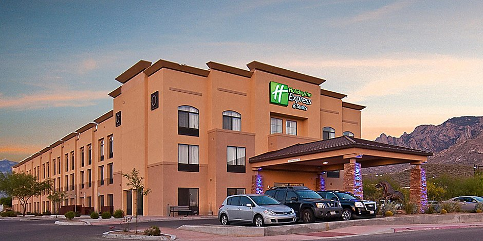 Holiday Inn Express & Suites Oro Valley-Tucson North Hotel