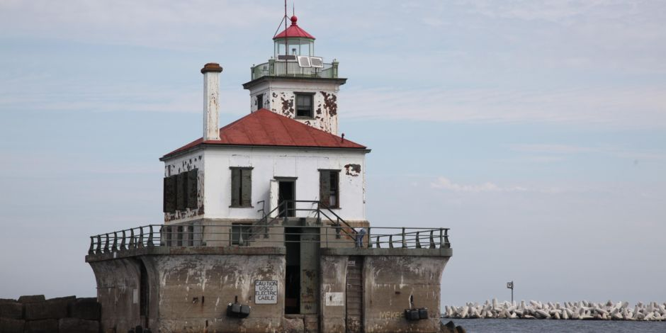 Area Attractions Oswego River Harbor West Pierhead Lighthouse