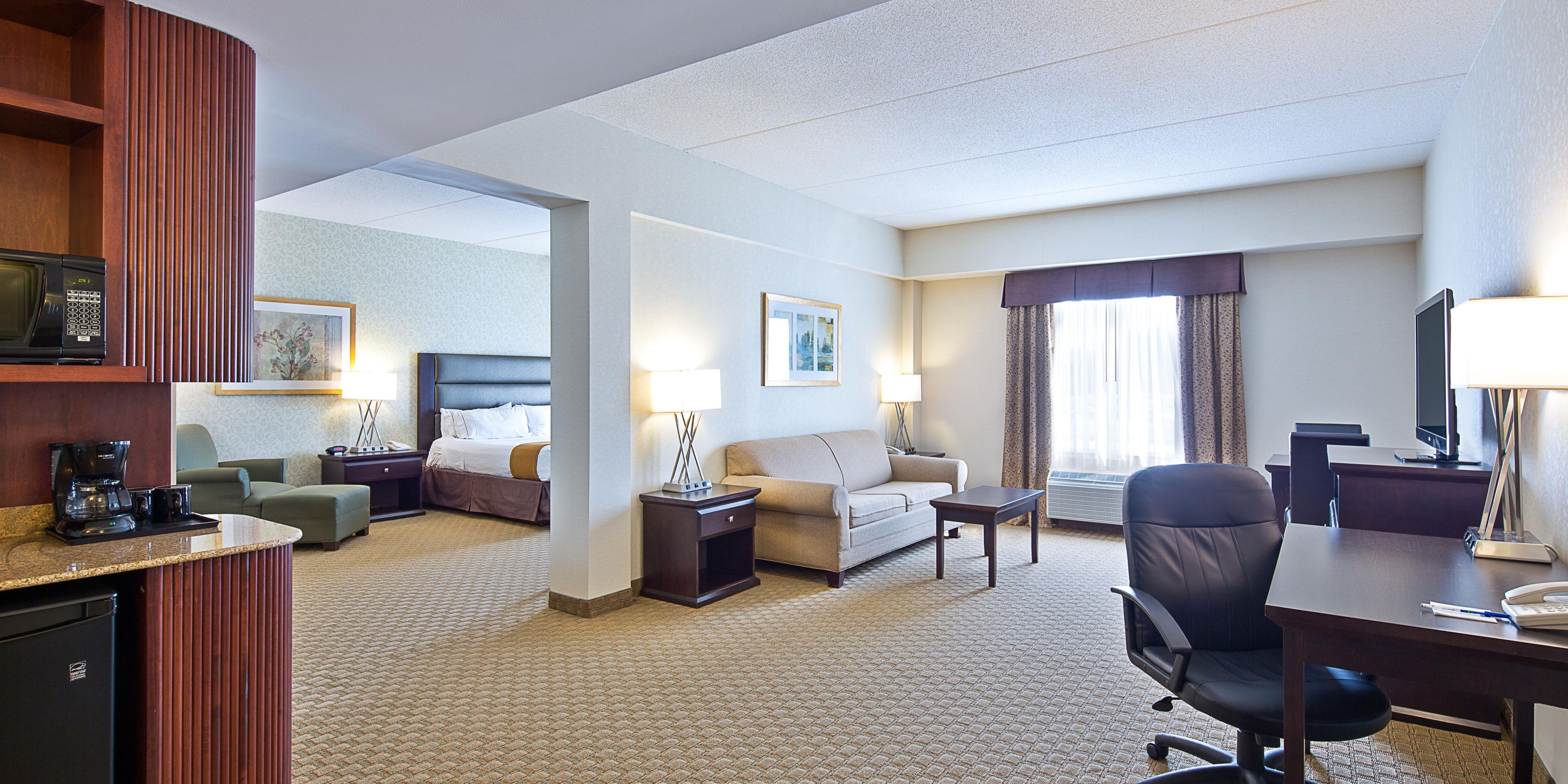Holiday Inn Express And Suites Ottawa 3865313810 2x1