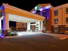 Holiday Inn Express & Suites Ozona in Ozona, Texas