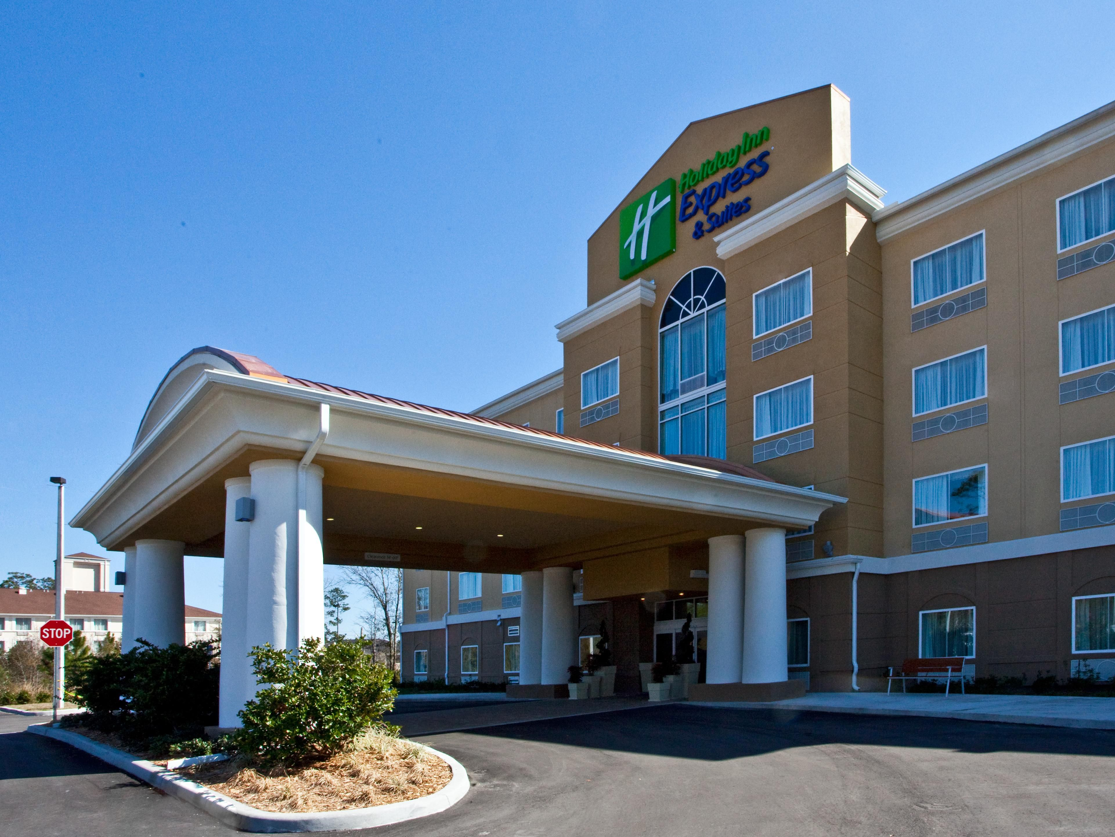 Hotel Exterior - Holiday Inn Express Palatka Northwest