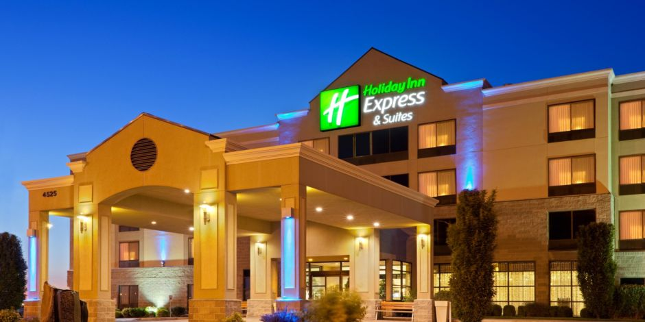 Holiday Inn Express & Suites Pasco-TriCities Hotel by IHG