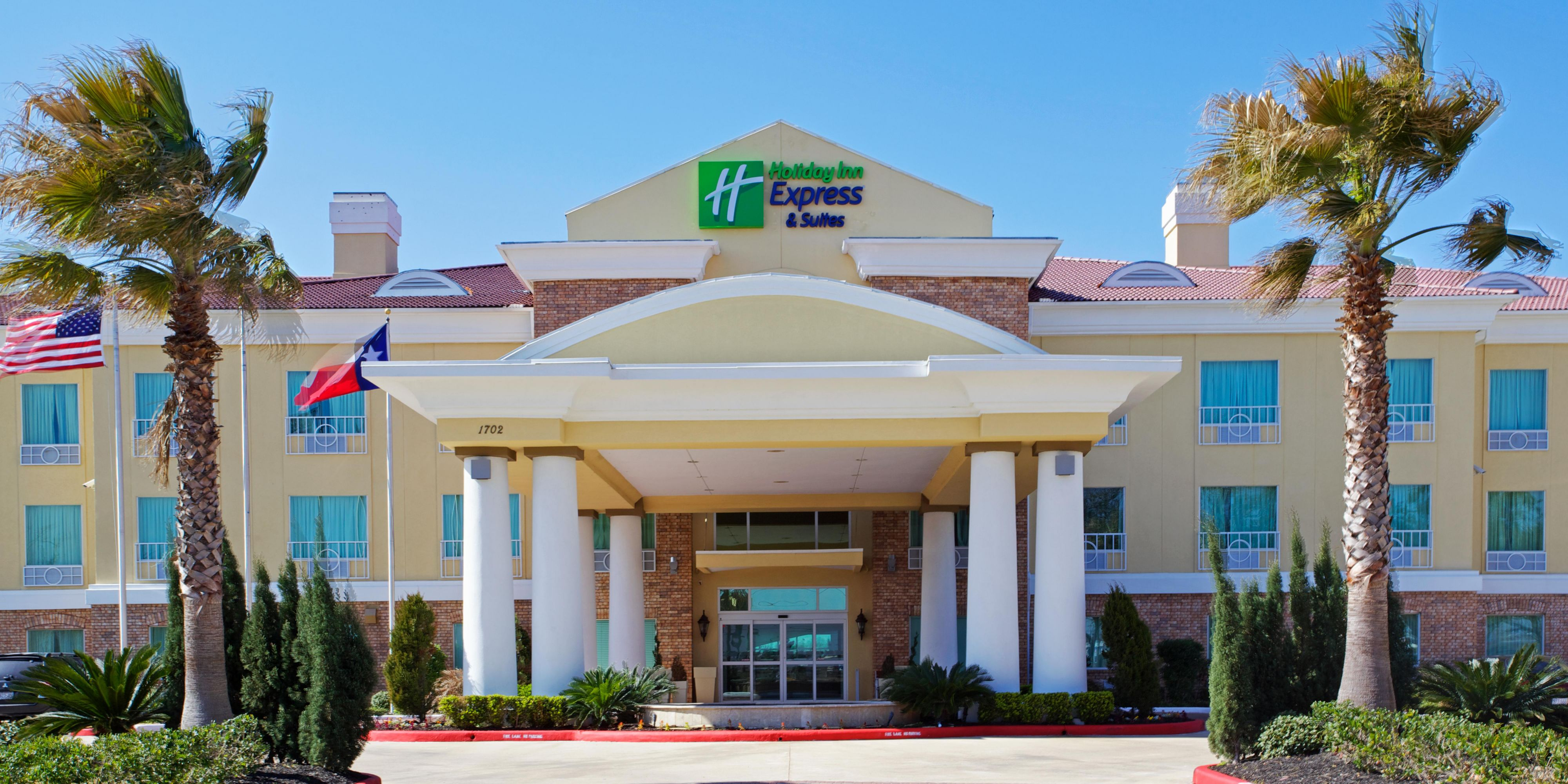 Holiday Inn Express And Suites Pearland 4187753491 2x1