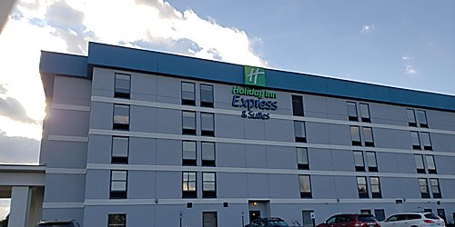 Pigeon Forge Hotel, TN - Holiday Inn Express & Suites Near Dollywood
