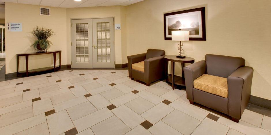 Holiday Inn Express Suites Pleasant Prairie Kenosha Hotel By Ihg