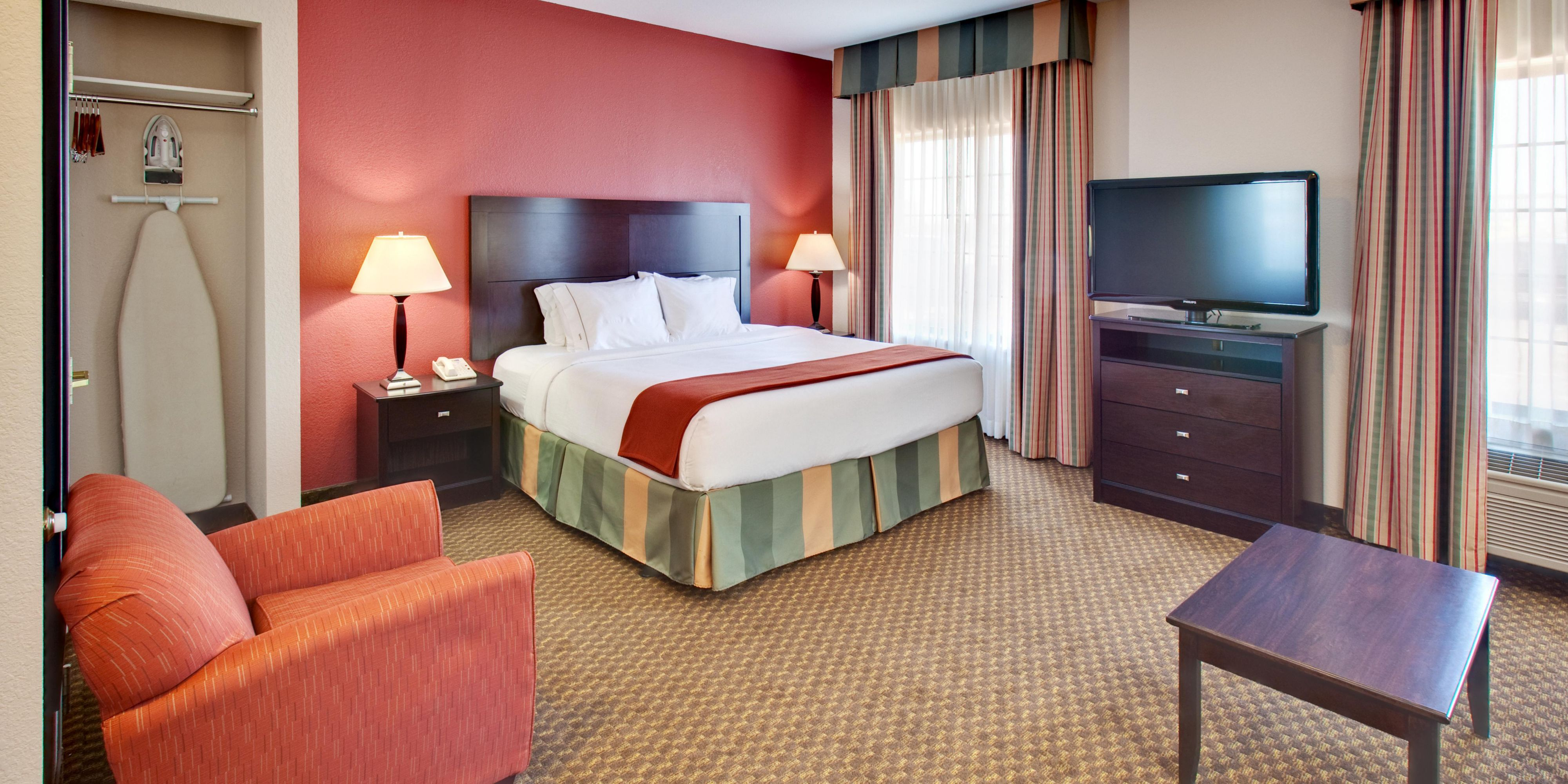 Holiday inn express and suites pleasant prairie 4244503963