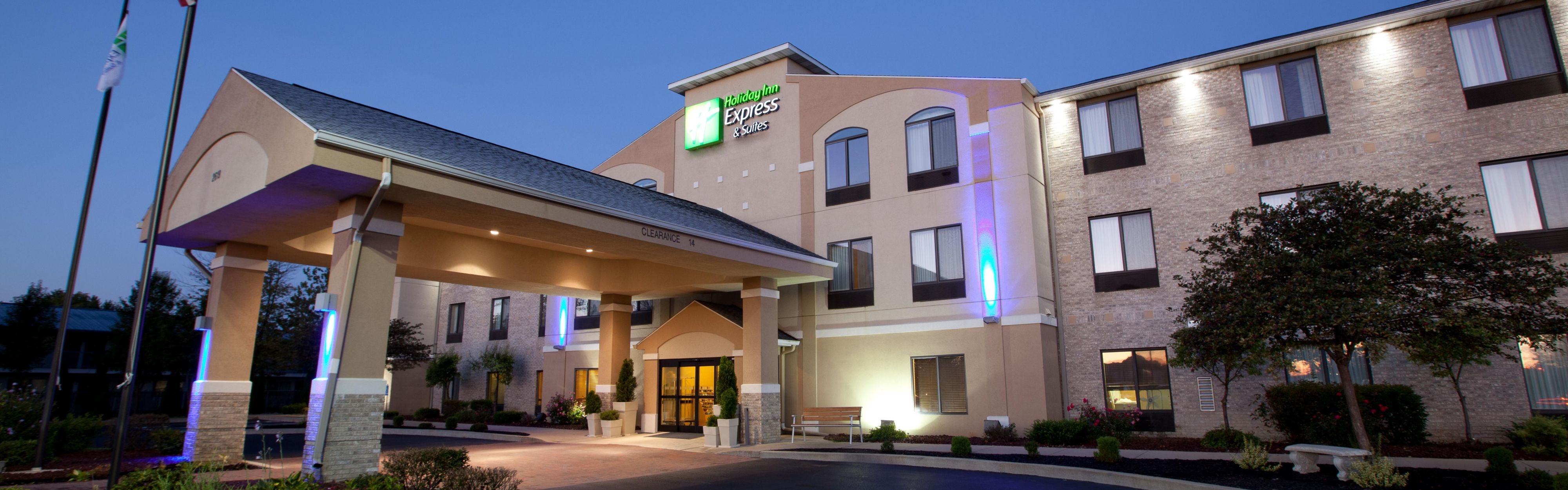 Simple Hotel Exterior With Hotels Near Plymouth Nh