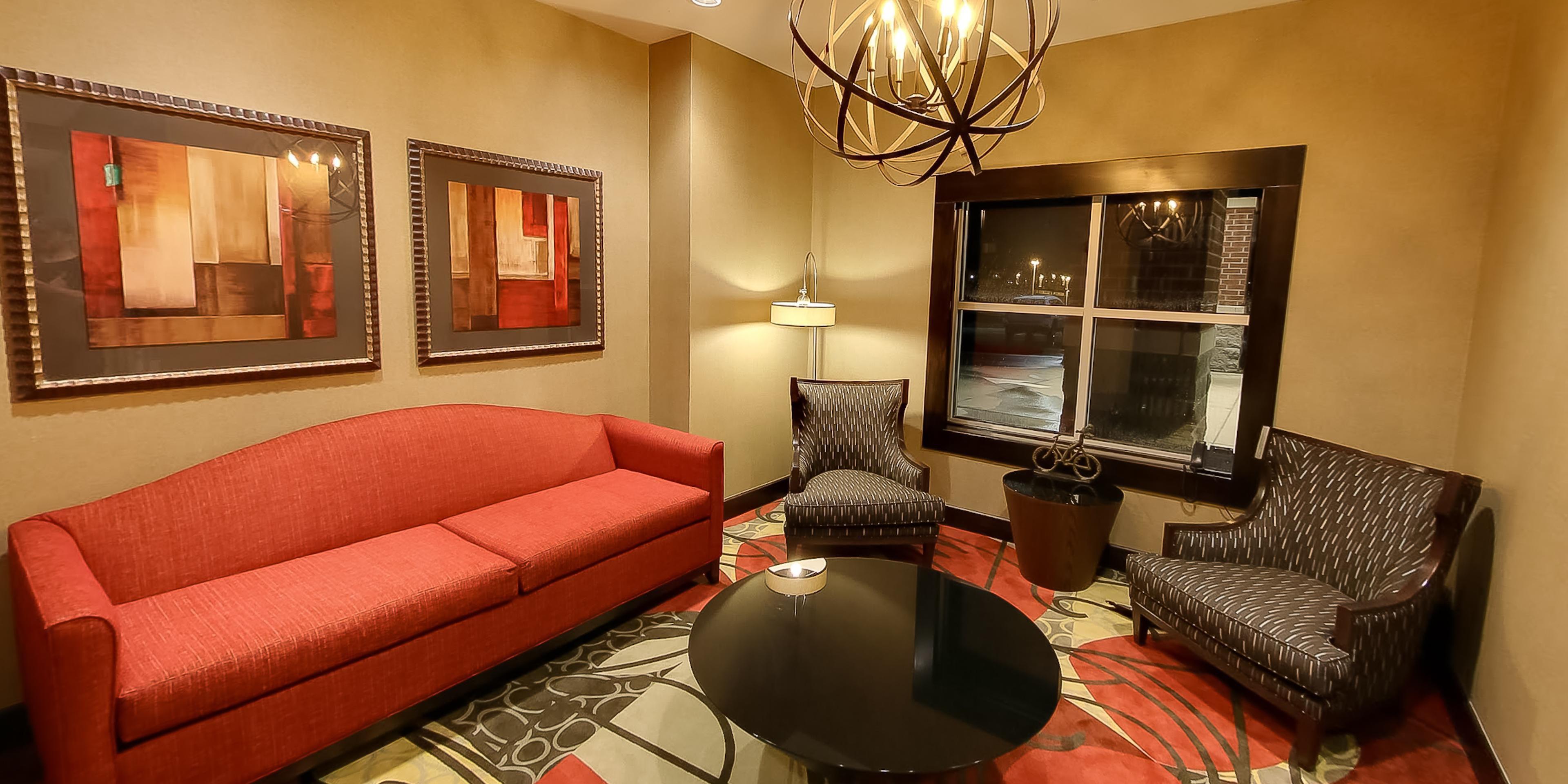 ... Holiday Inn Express Plymouth, MI   Ann Arbor Area   Lobby Seating ...