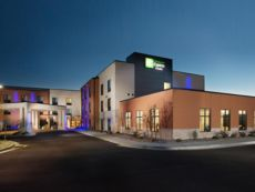 Holiday Inn Express & Suites Pocatello in Pocatello, Idaho