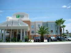 Holiday Inn Express & Suites Port Aransas/Beach Area in Portland, Texas