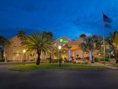 Holiday Inn Express & Suites Port Charlotte in Arcadia, Florida