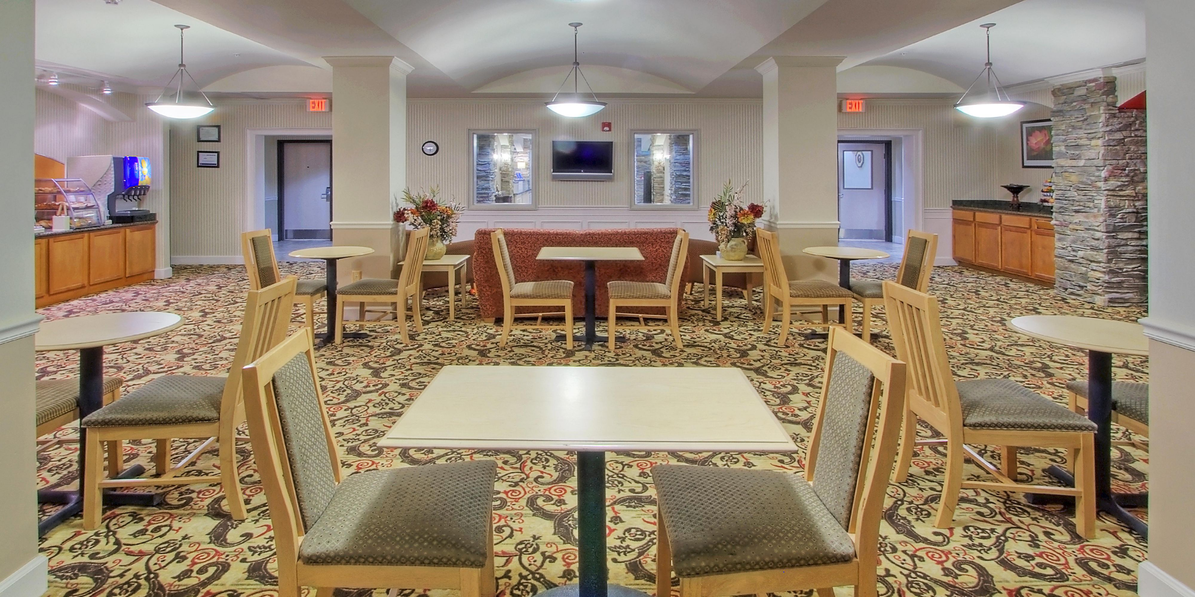 Holiday Inn Express And Suites Portales 4297996651 2x1