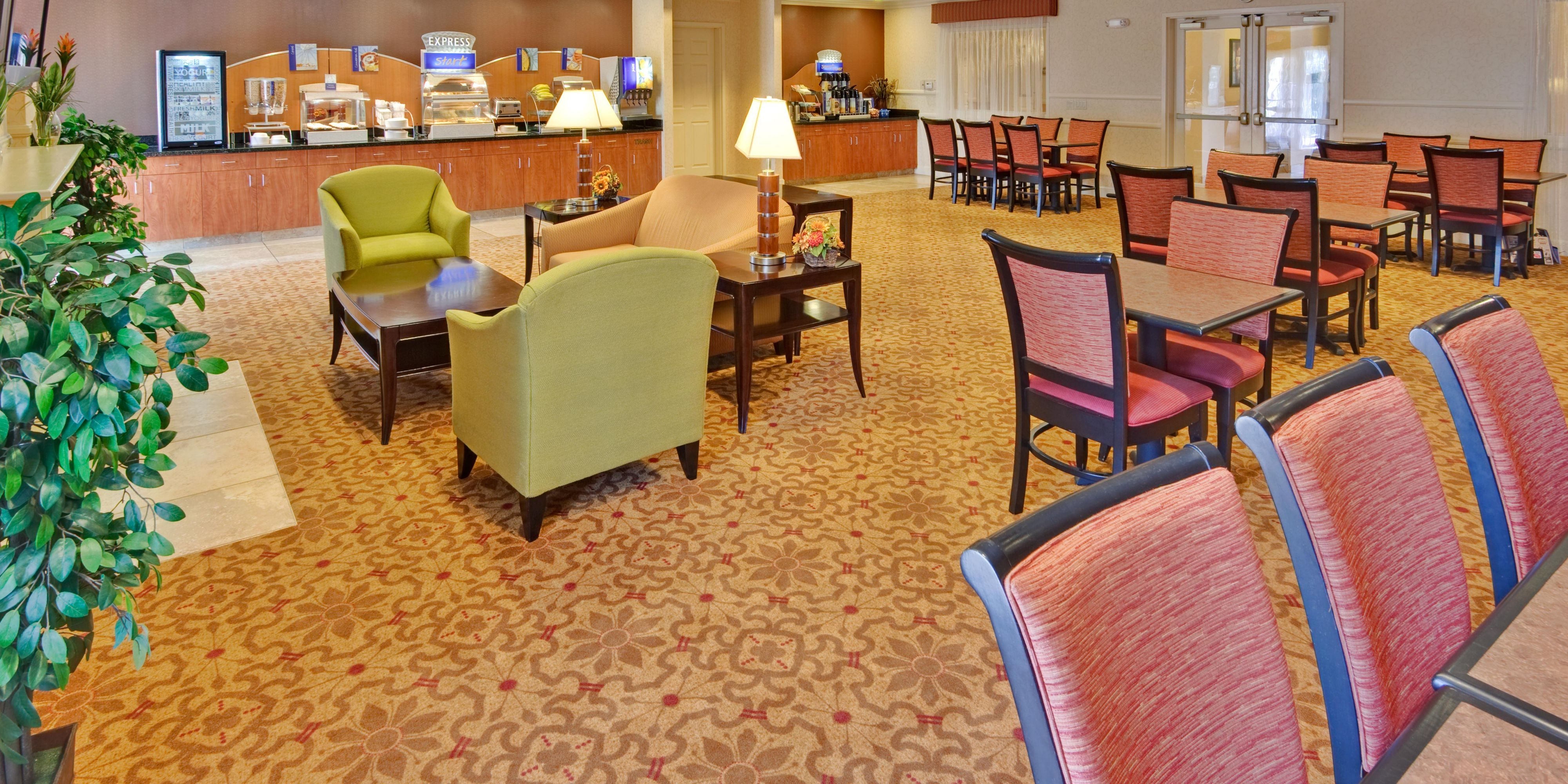 Holiday Inn Express And Suites Porterville 4309868320 2x1