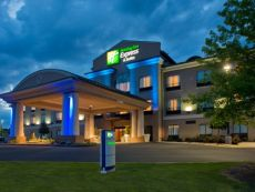 Holiday Inn Express & Suites Prattville South in Montgomery, Alabama
