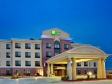 Holiday Inn Express & Suites Pryor in Vinita, Oklahoma