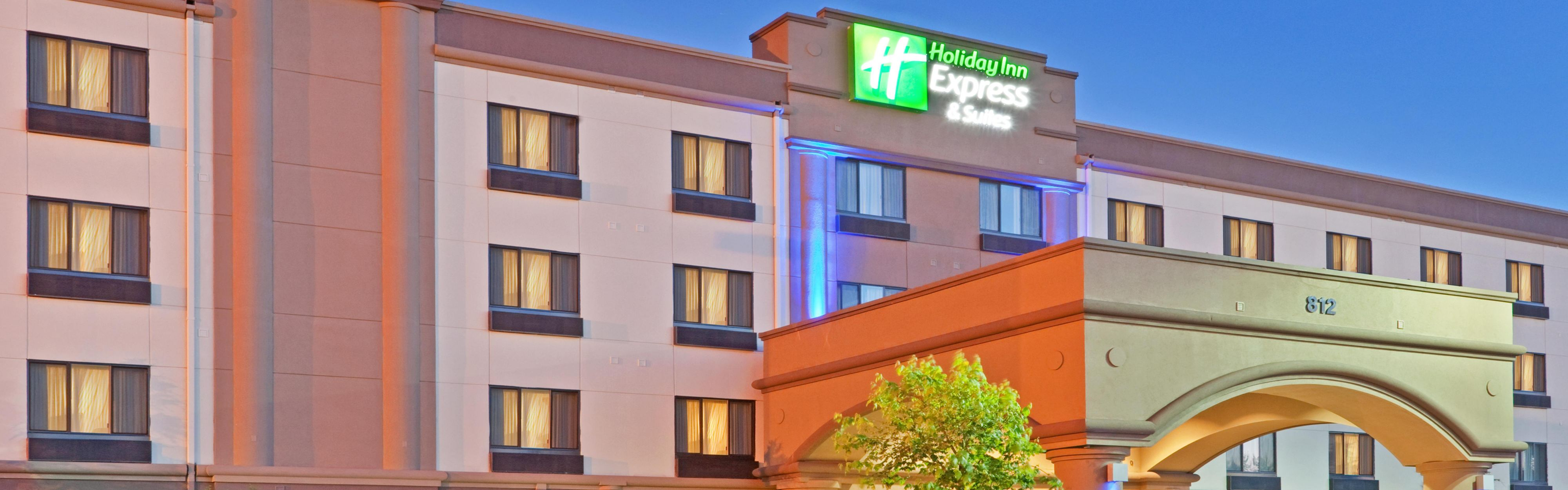 ... Holiday Inn Express Puyallup In The Evening ...