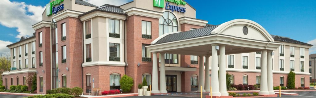 Hotel Exterior Holiday Inn Express And Suites Quakertown Pa