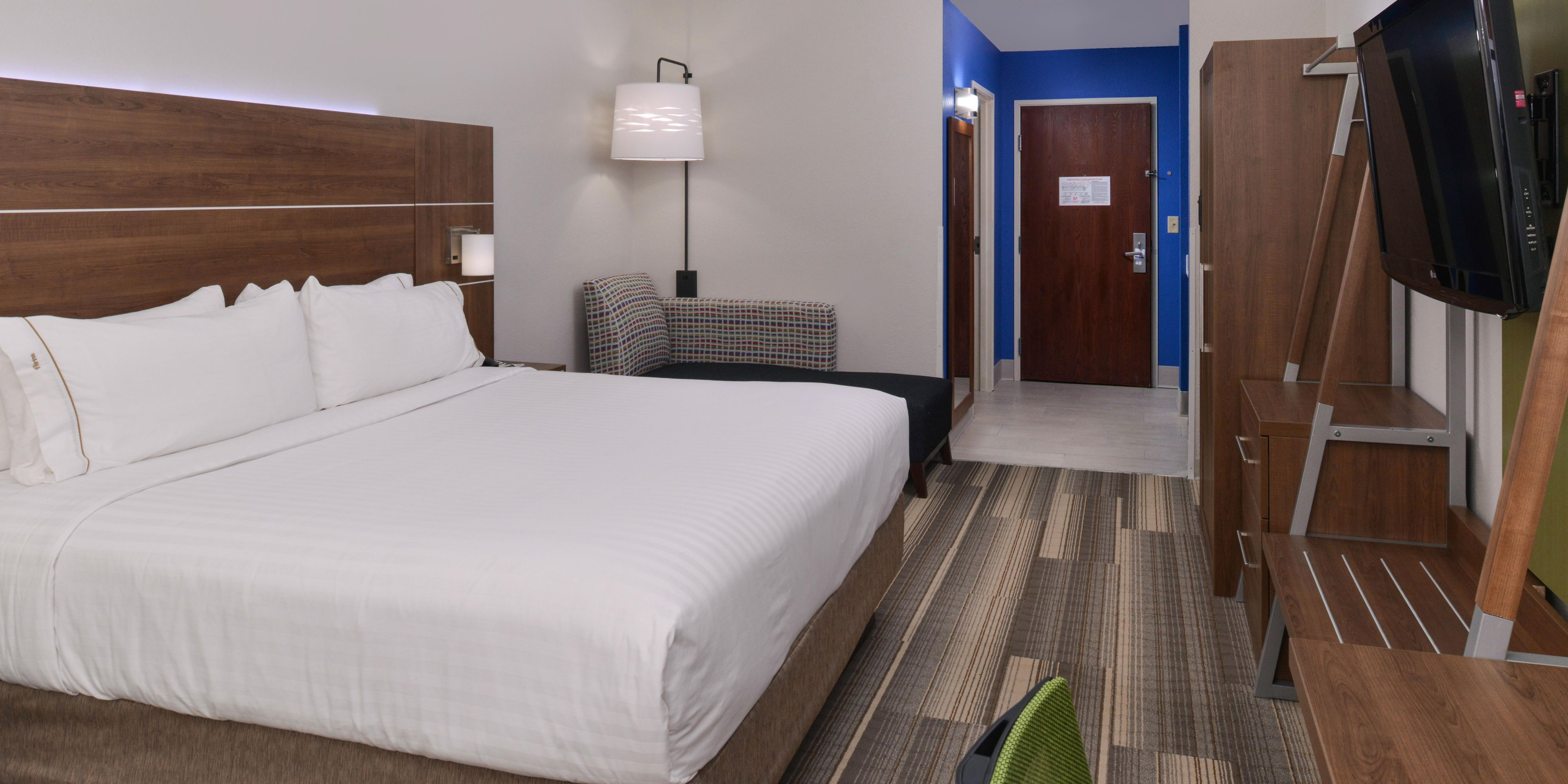 holiday inn express suites raleigh ne medical ctr area hotel holiday inn express and suites raleigh 4372069584 2x1