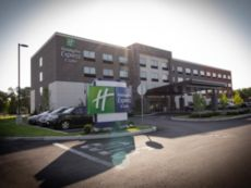Holiday Inn Express & Suites Boston South - Randolph