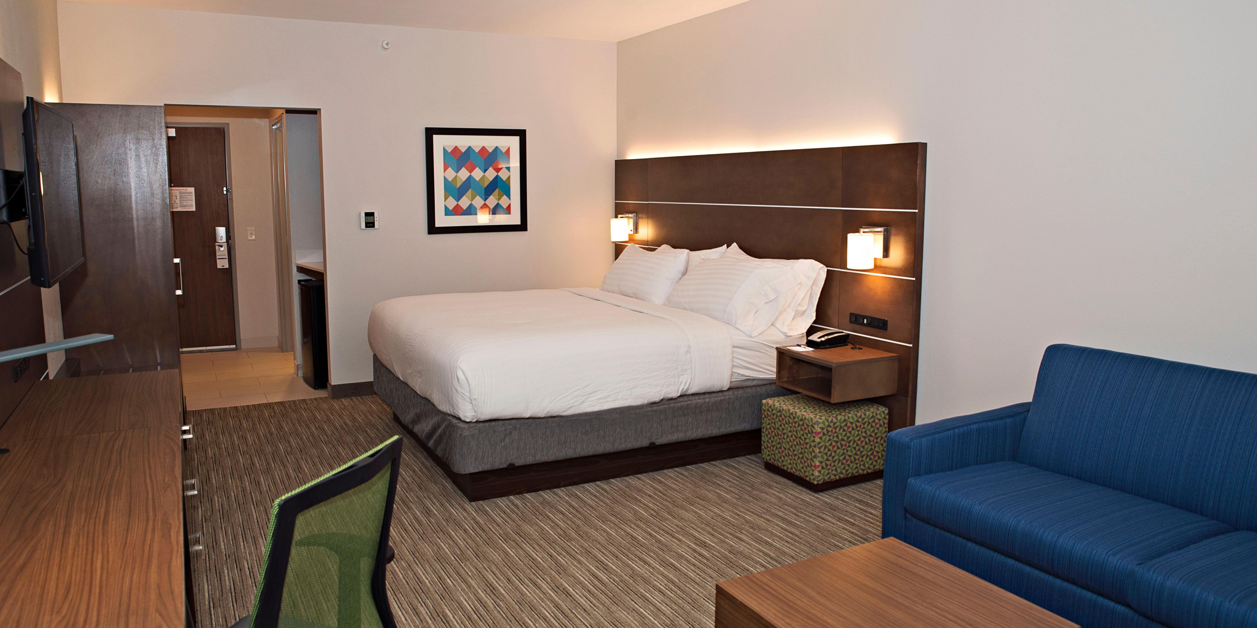 Holiday Inn Express And Suites Rantoul 4955671163 2x1