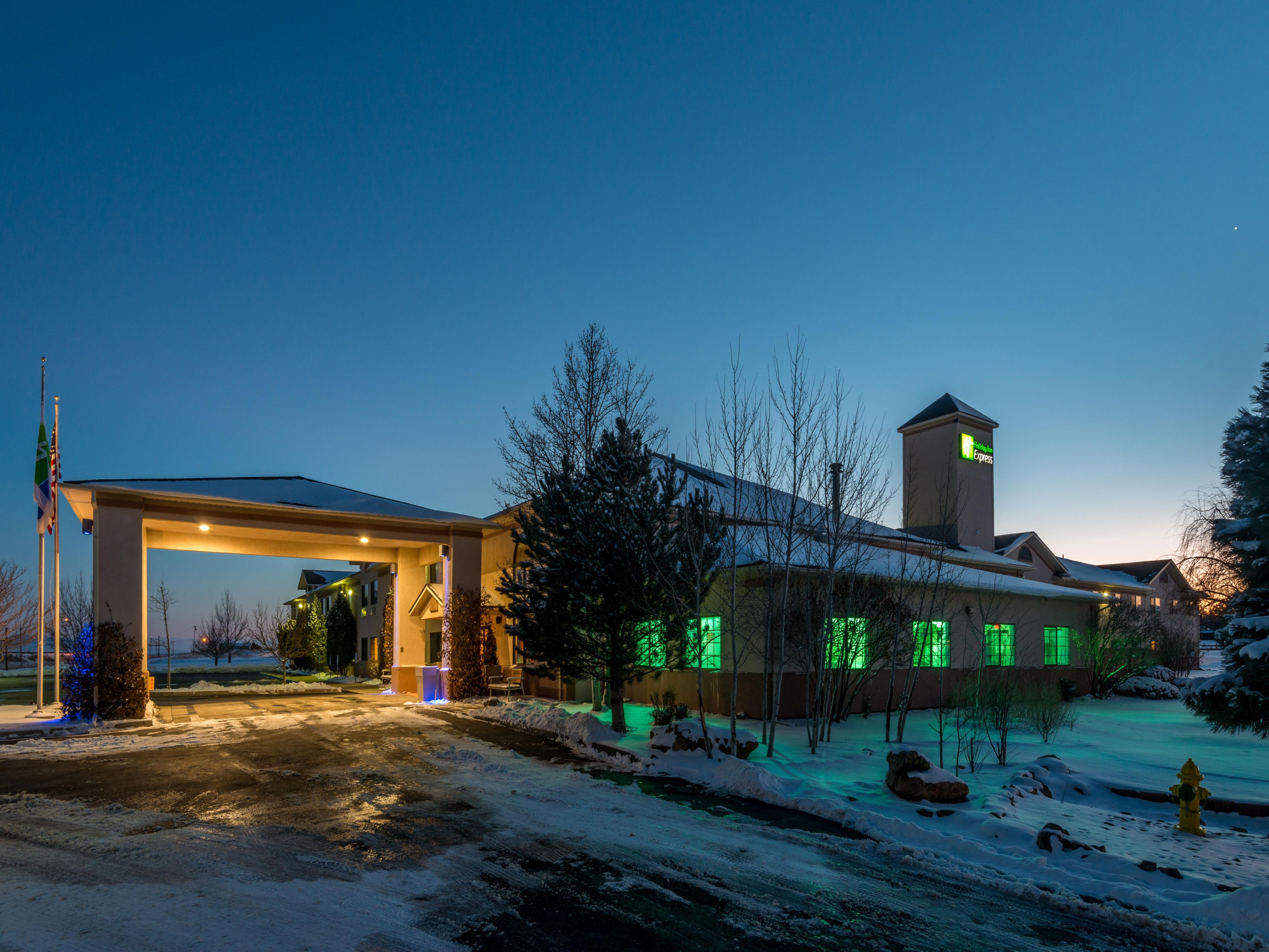 A winter night at our Raton New Mexico hotel