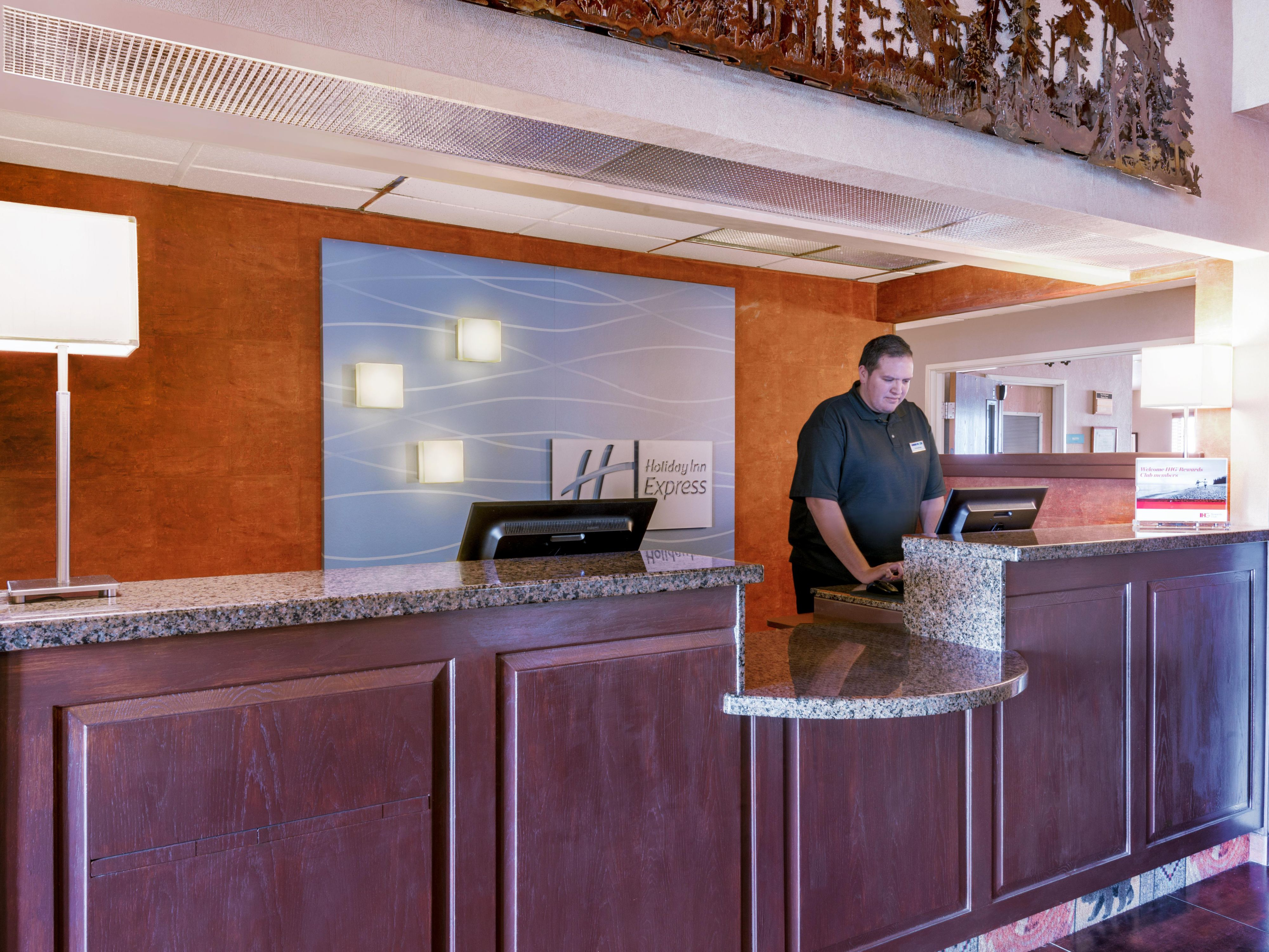 Our Raton NM hotel front desk staff is ready to assist you!