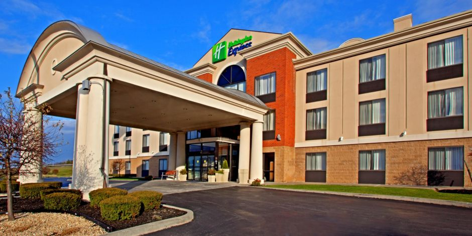 Convenient East Greenbush Ny Hotel Located Off Of Exit 9 I 90 Rensselaer