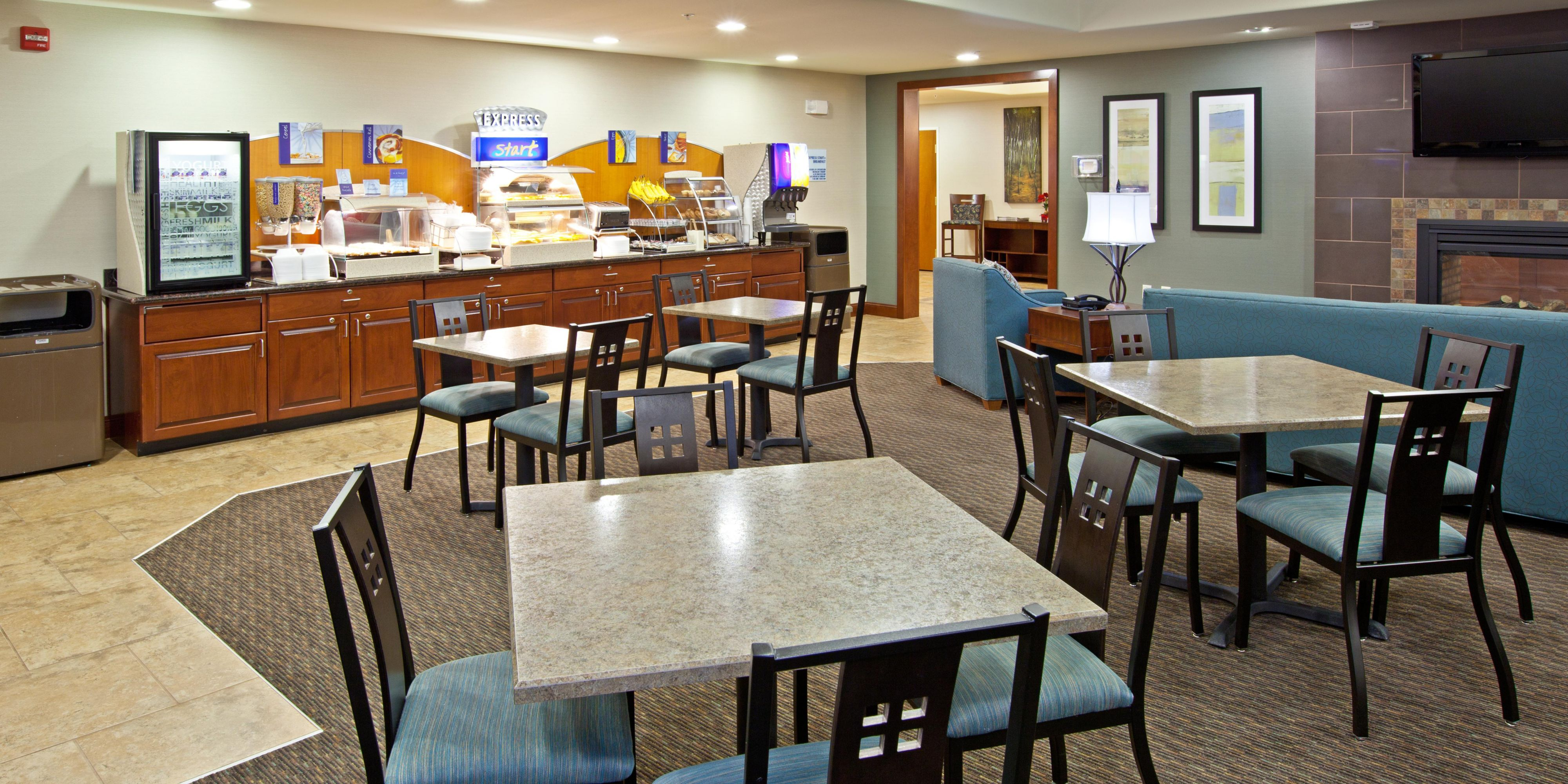 Holiday Inn Express And Suites Ripley 2531603573 2x1