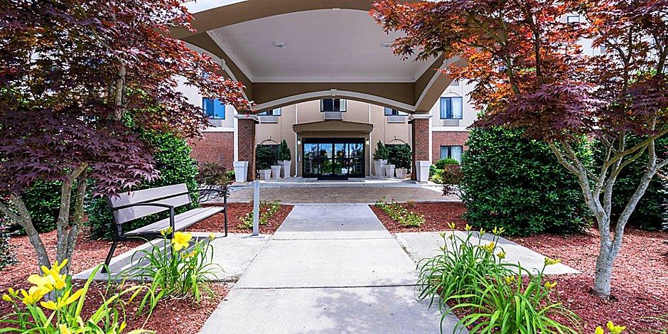 Holiday Inn Express Suites Roanoke Rapids Se Hotel By Ihg