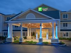 Holiday Inn Express & Suites Rochester in Concord, New Hampshire