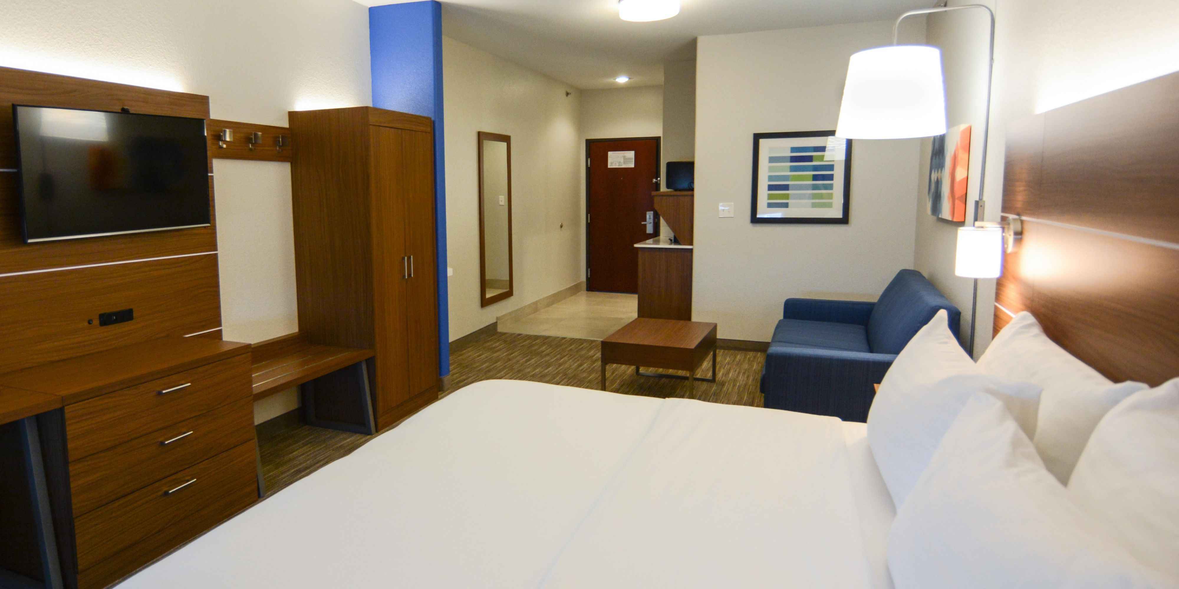 Holiday Inn Express And Suites Rolla 5412416299 2x1