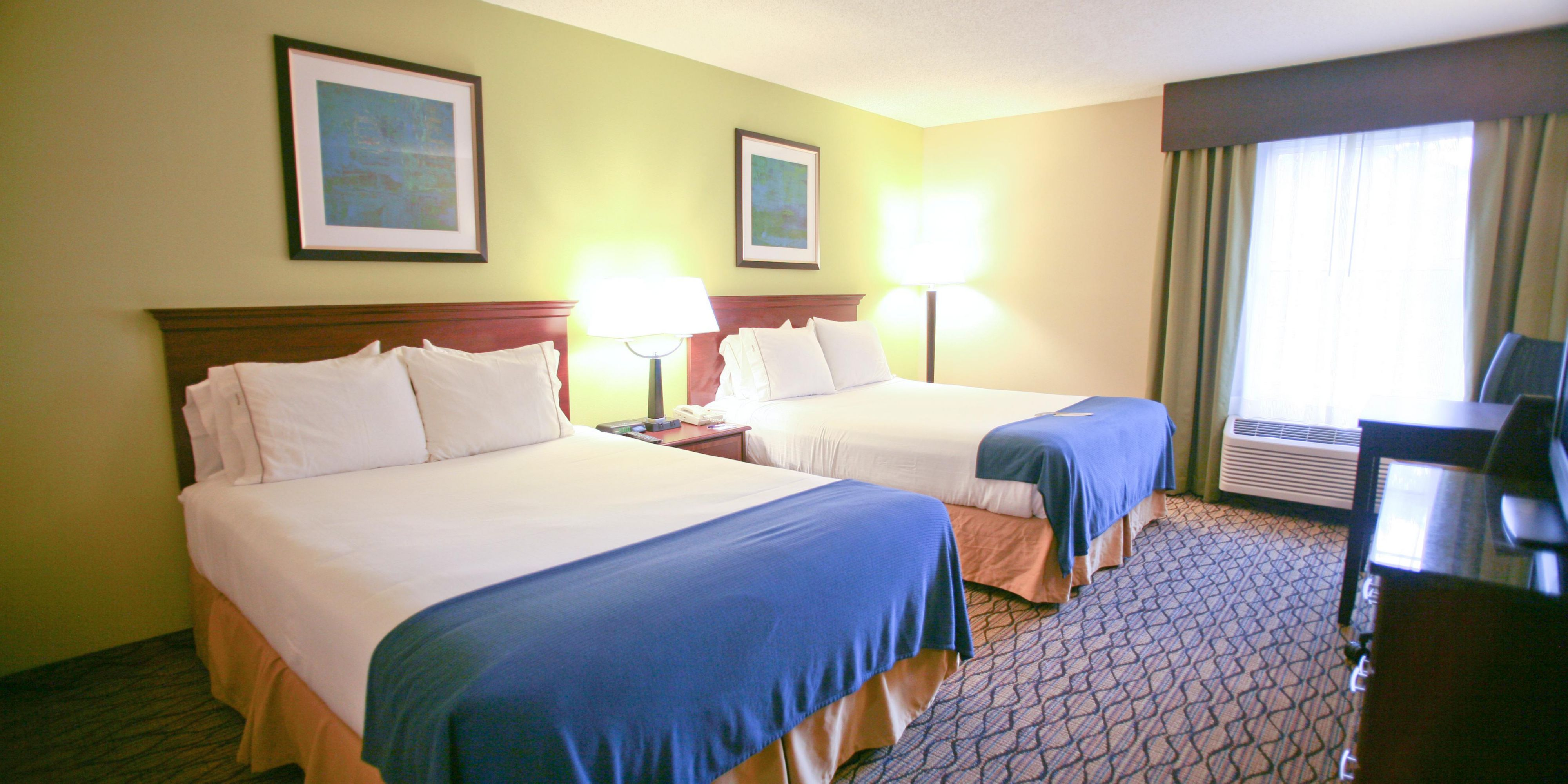 Holiday Inn Express And Suites Roseville 2532179153 2x1