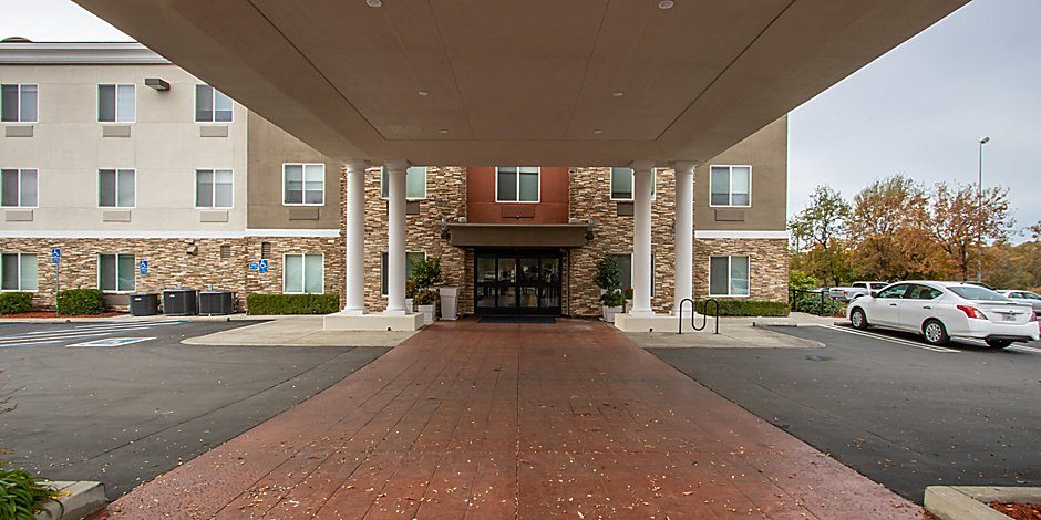 Holiday Inn Express Suites Roseville Galleria Area Hotel By Ihg