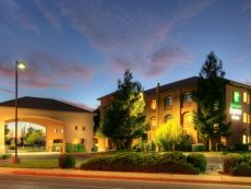 Holiday Inn Express & Suites Roswell